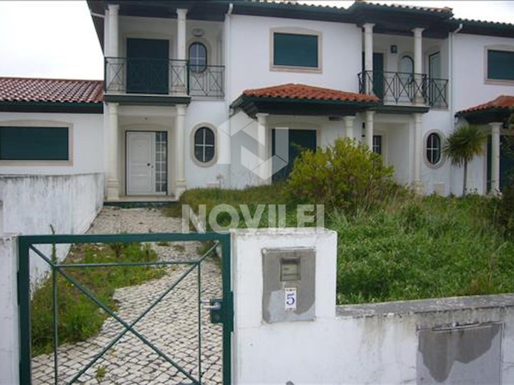 House 4 bedrooms in Alcobaça