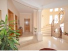 Foyer in luxury villa for sale in the Algarve%5/22