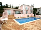 3 bedroom villa for sale with views, terrain and swimming pool in Santa Bárbara de Nexe | 3 Bedrooms + 1 Interior Bedroom | 4WC