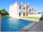 Semi-detached villa in Vale do Lobo with swimming pool | 3 Bedrooms | 3WC