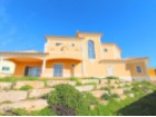 3 bedroom villa close to Almancil and with large plot of land | 3 Bedrooms + 1 Interior Bedroom | 3WC