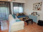 Living room, For sale 3 bedrooms apartment, 6 minutes from Lisbon, Almada - Portugal Investe%5/16