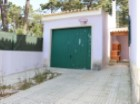 Garage. For sale 4 bedrooms villa, garage, close to the beach and 20 minutes away from Lisbon - Portugal Investe%25/29
