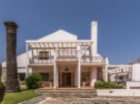 Stunning 3 + 1 bed Villa near the beach in sought after Resort |