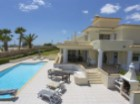 Traditional Villa in Guia | 4 Bedrooms