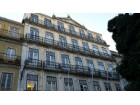 Office building in Areeiro for sale or lease |