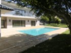 Housing T 7:0 pm Cascais, 5 minutes from the beach, the train station and the Centre of Cascais.  Nett area 700 m 2, plot Area 1800m2, was recently renovated and painted as new, with 60 m 2 room facing the garden, swimming pool. | 7 Bedrooms