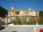 Sale of House 5 bedrooms, for refurbishment, inserted into ground with 10,960 m2 | 5 Bedrooms | 5WC