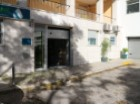 Warehouse/shop/Office, trade and services in Restelo, with 270 m2 and ease of parking. |