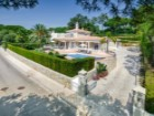 Villa with beautiful garden located in the heart of the 'Parque Atlântico' on a generous and quiet plot | 4 Zimmer | 5WC