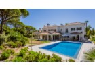 Magnificent Villa within a quiet and private location near Quinta do Lago | 4 Bedrooms | 6WC