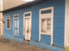 Vends zone coloniale de coin commercial local |  | 2WC