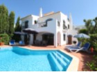 Contemporary, three bed villa- Loulé | 3 Bedrooms | 4WC