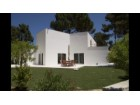 Detached House › Almada | 4 Bedrooms + 1 Interior Bedroom | 4WC