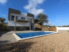 Excellent 4 bedroom detached villa with private pool, close to Tavira town but in a quiet neighbourhood. | 4 Bedrooms