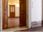 UNIQUE 2 BEDROOM APARTMENT IN AN HISTORICAL BUILDING OF CHIADO, LISBON%12/12