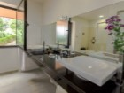5 BEDROOM LUXURY VILLA IN MADEIRA ISLAND%6/12