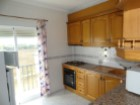 2 bedroom apartment in the Centre of Moncarapacho-kitchen%1/11