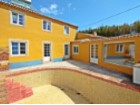 Townhouse T3 + 1 (room in the basement) in excellent condition, located a few minutes from the beach and the Centre of the village of Ericeira. | 4 Bedrooms | 4WC