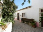 Rustic 3 bedroom villa inserted in the village center, 10 minutes from the beaches, 12km from Ericeira and 14km from Sintra. | 3 Bedrooms | 2WC