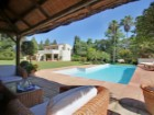 SOTOGRANDE KINGS AND QUEENS NEXT TO NATURAL PARK. PLOT WITH VILLA | 5 Bedrooms