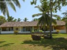 3 Bedroom Beach Villa with Pool, Nilwella |