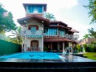 BEAUTIFUL RENOVATED COLONIAL STYLE VILLA WITH 5 BEDROOM & POOL IN AHANGAMA (86 PERCHES/SQ.M2150 ) | 7 Pièces | 6WC