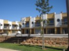 2 bedroom townhouse in private condominium near the Centre of Albufeira. | 2 Bedrooms | 1WC