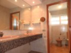 Bathroom 2%28/40