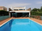Contemporary villa with 6 suites - Vilamoura Centre | 6 Bedrooms