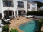 2 Bedroom Townhouse close to the Beach | 2 Bedrooms | 3WC