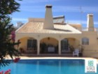 Brand new modern 4 bedroom villa with garage (box) and pool in a plot of 807 sqm in Tavira (Algarve) | 4 Bedrooms | 2WC