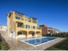 Detached villa with pool%7/22