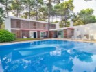 House › Almada | 5 Bedrooms | 4WC