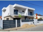 Semi-Detached House › Seixal | 4 Bedrooms | 3WC