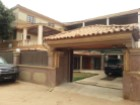 House › Luanda | 5 Bedrooms | 1WC
