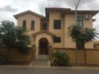 House › Belas | 4 Bedrooms | 2WC