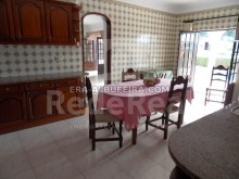 kitchen of 6 bedroom pool villa in Albufeira, Algarve, Portugal%6/32