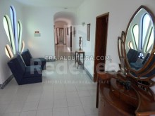 corridor of 6 bedroom pool villa in Albufeira, Algarve, Portugal%11/32