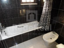 Another toilet 6 bedroom pool villa in Albufeira, Algarve, Portugal%20/32