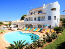 Villa with 9 bedrooms and Pool, Excellent to monetize in Albufeira, Algarve, Portugal