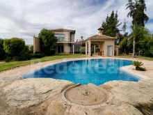 Front view Luxury Villa T5 for sale in Algarve%2/28