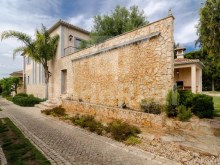 Side view Luxury Villa T5 for sale in Algarve%3/28