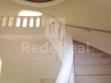 first floor access ladder-4 bedroom villa in privileged area of Albufeira%2/29