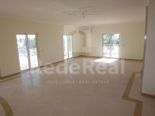 Vista room, lounge-4 bedroom villa in privileged area of Albufeira%4/29