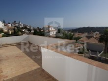 first floor terrace-4 bedroom villa in privileged area of Albufeira%19/29