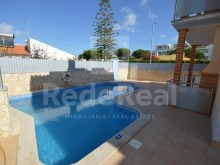 Apartments and House for sale 2 bedroom apartment in Albufeira-Algarve