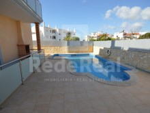 Pool View 2 Bedroom Apartment Albufeira%2/18