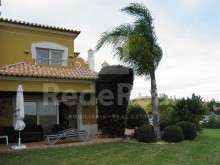 VILLA 2 bedrooms For SALE In ESTOMBAR, LAGOA, ALGARVE