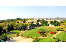 DETACHED HOUSE 8 Bedrooms For SALE In ESTOI, FARO